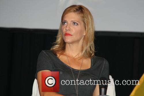 Tricia Helfer 7