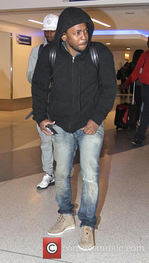 Kendrick Lamar leaves Los Angeles International Airport