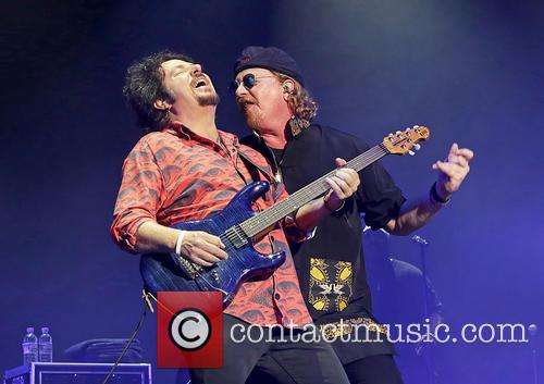 Steve Lukather, Joseph Williams and Toto 4