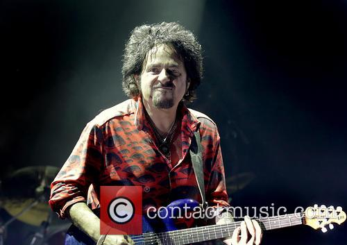 Steve Lukather and Toto 6