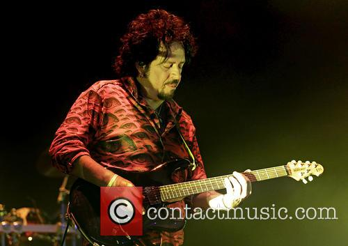 Steve Lukather and Toto 9