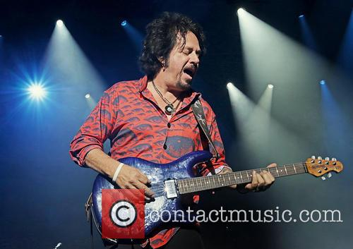 Steve Lukather and Toto 1