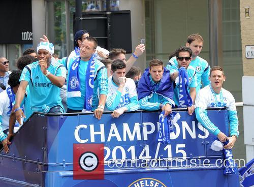 Didier Drogba, John Terry, Thibault Courtois, Willian, Branislav Ivanovic and Nemanja Matic 8