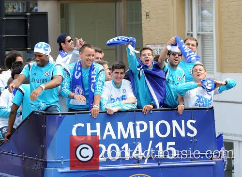 Didier Drogba, John Terry, Thibault Courtois, Willian, Branislav Ivanovic and Nemanja Matic 10