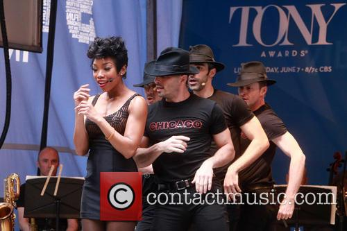 Brandy Norwood and Cast Of Chicago 7