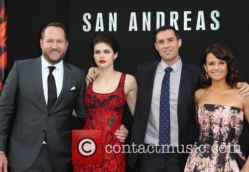 Beau Flynn, Alexandra Daddario, Brad Peyton and Carla Gugino 5