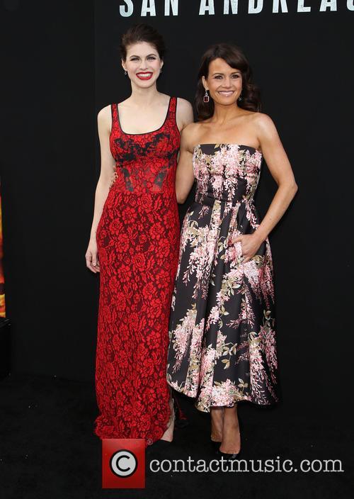 Alexandra Daddario and Carla Gugino 10