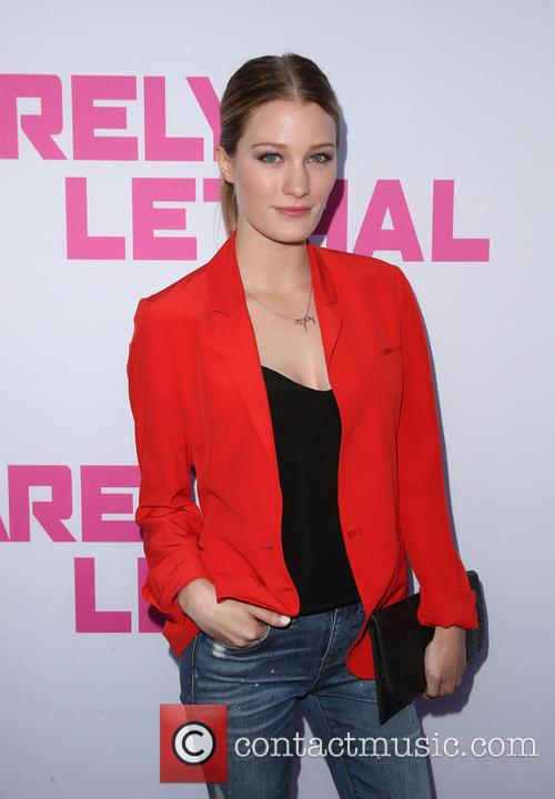 Ashley Hinshaw 9
