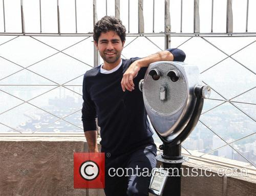 Adrian Grenier at the Empire State Building