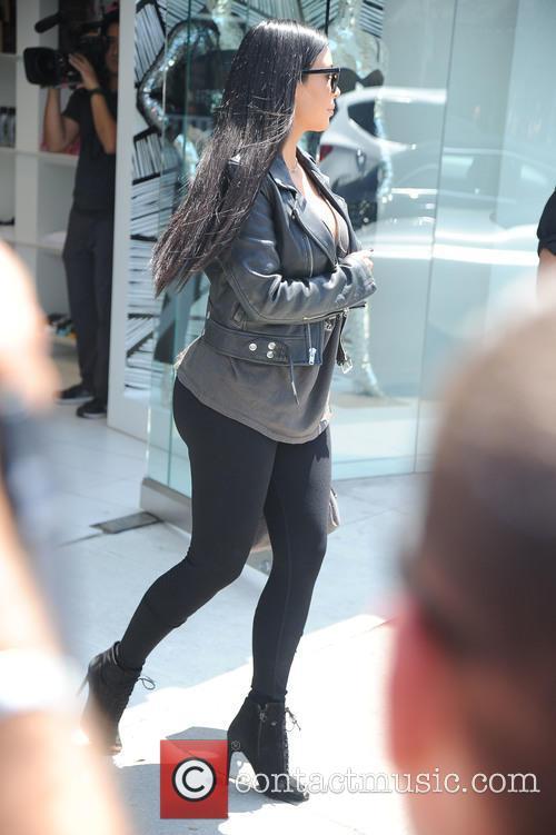 Kim Kardashian shoots a scene