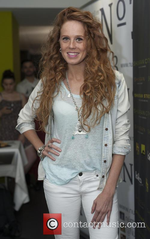 Maria Castro 5