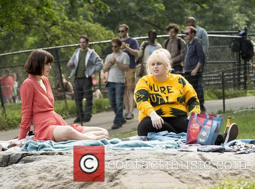 Dakota Johnson and Rebel Wilson 2
