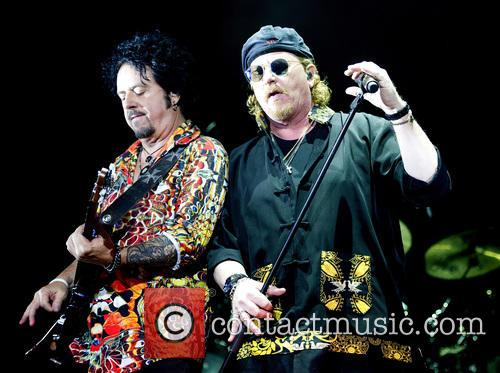 Toto, Joseph Williams and Steve Lukather 2