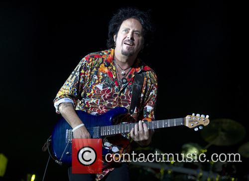 Toto, Joseph Williams and Steve Lukather 4
