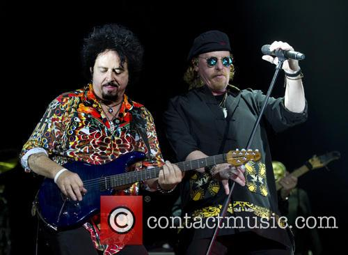 Toto, Joseph Williams and Steve Lukather 8