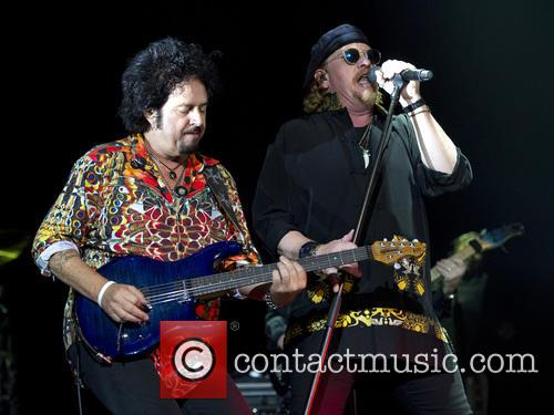 Toto, Joseph Williams and Steve Lukather 10
