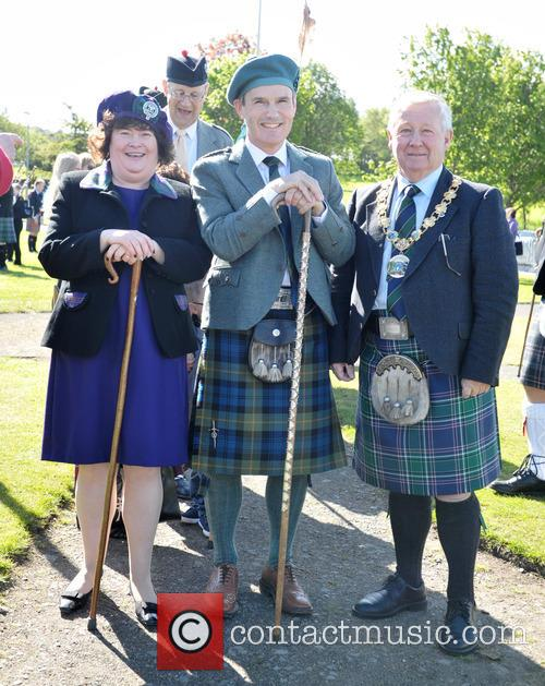 Susan Boyle, Alistair Todd and Provost Tom Kerr 5