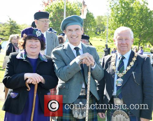 Susan Boyle, Alistair Todd and Provost Tom Kerr 6