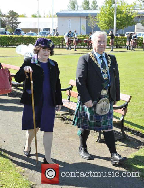 Susan Boyle and Provost Tom Kerr 7