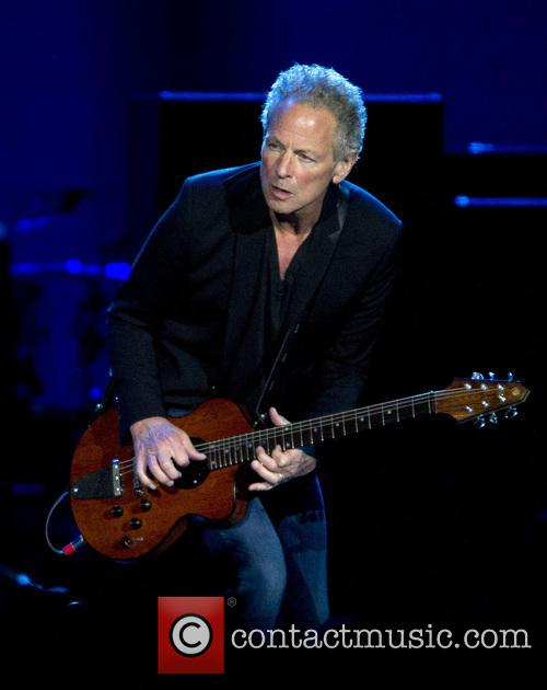 Lindsey Buckingham performing live in concert