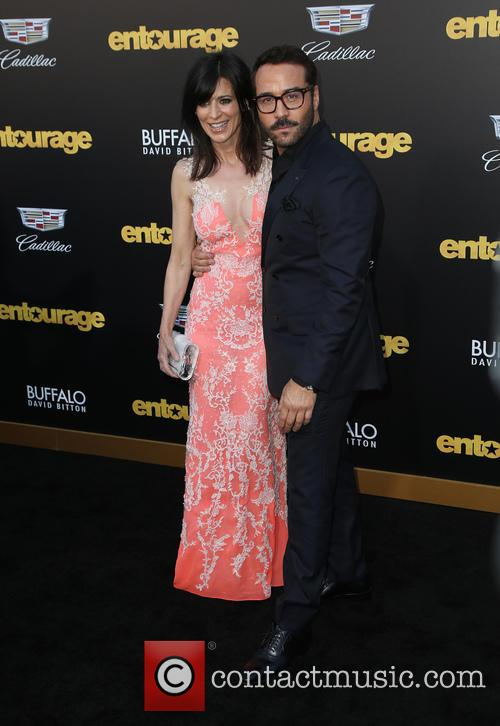 Perrey Reeves and Jeremy Piven