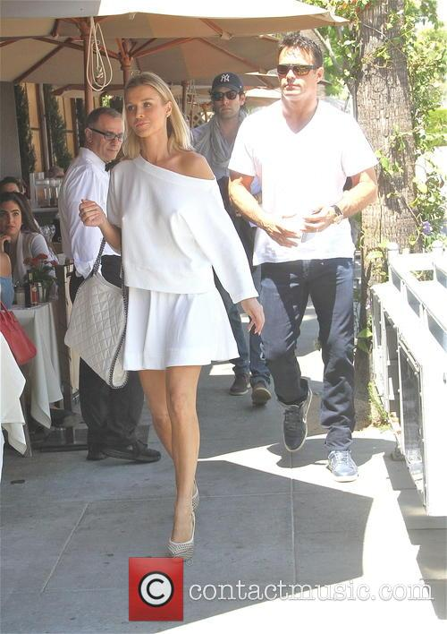 Joanna Krupa and Romain Zago 7