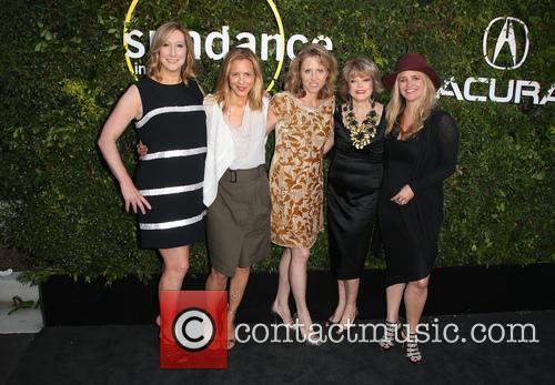 Keri Putnam, Maria Bello, Amy Redrofd, Pat Mitchell and Clare Munn 7