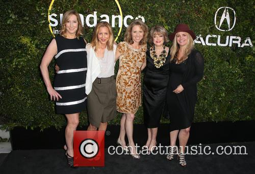 Keri Putnam, Maria Bello, Amy Redrofd, Pat Mitchell and Clare Munn 8