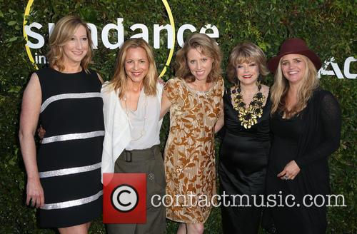 Keri Putnam, Maria Bello, Amy Redrofd, Pat Mitchell and Clare Munn 9