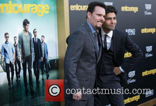 Kevin Dillon and Adrian Grenier 9