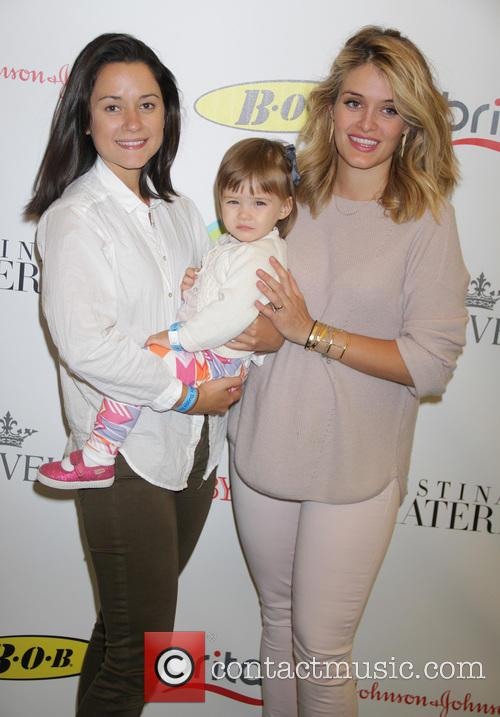 Arabella Oz, Daphne Oz and Philomena 1
