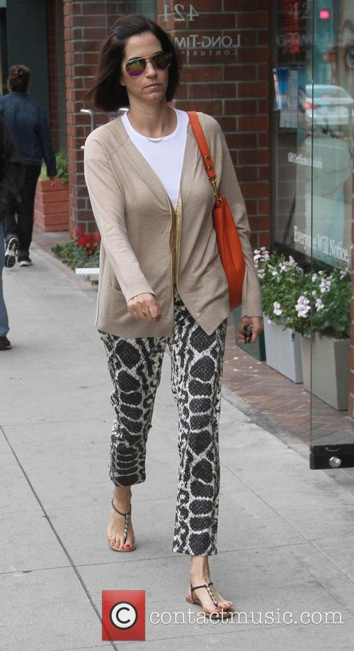 Jami Gertz goes shopping in Beverly Hills