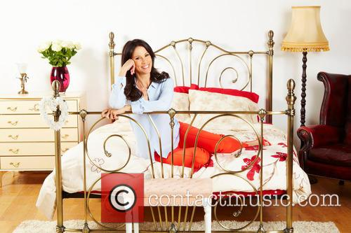 Andrea McLean donates bed to BHF Furniture &...