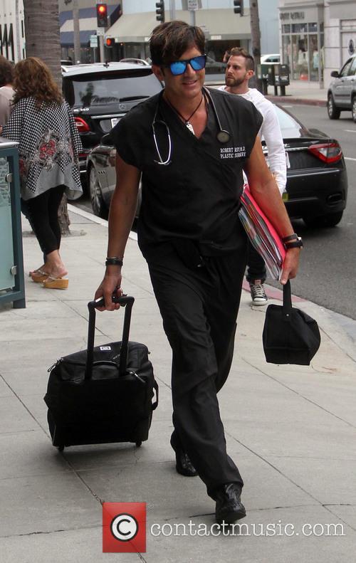 Dr. Robert Rey 2