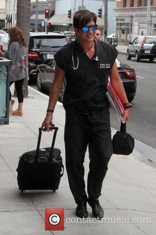 Dr. Robert Rey 3