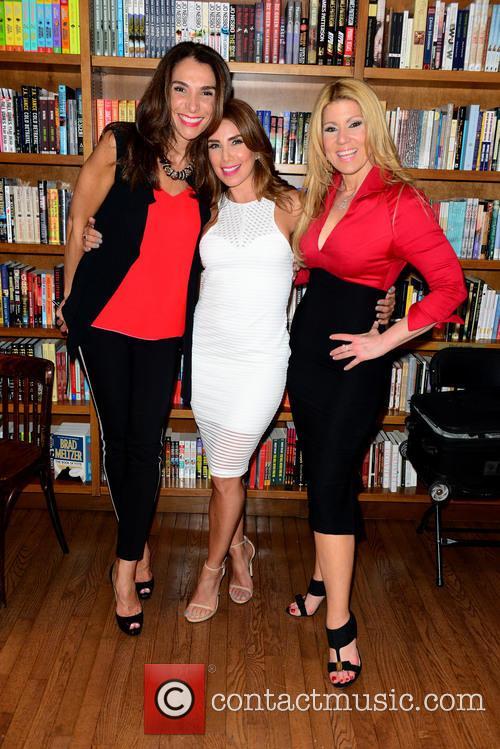 Maggie Jimenez, Laura Posada and Maria Marin 5