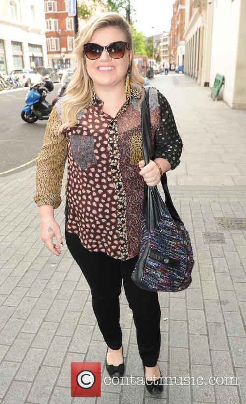 Kelly Clarkson 4