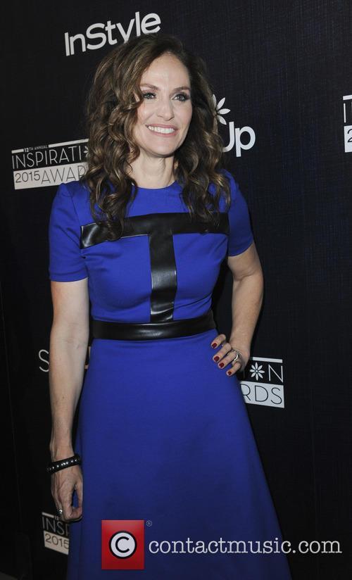 Amy Brenneman 6