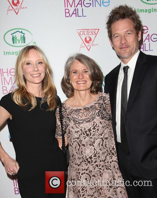 Anne Heche, Guest and James Tupper 10