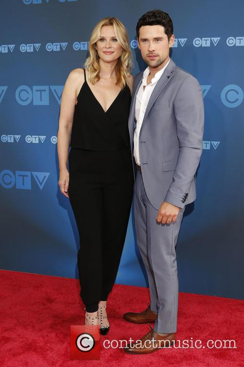 Bonnie Somerville and Benjamin Hollingsworth 5
