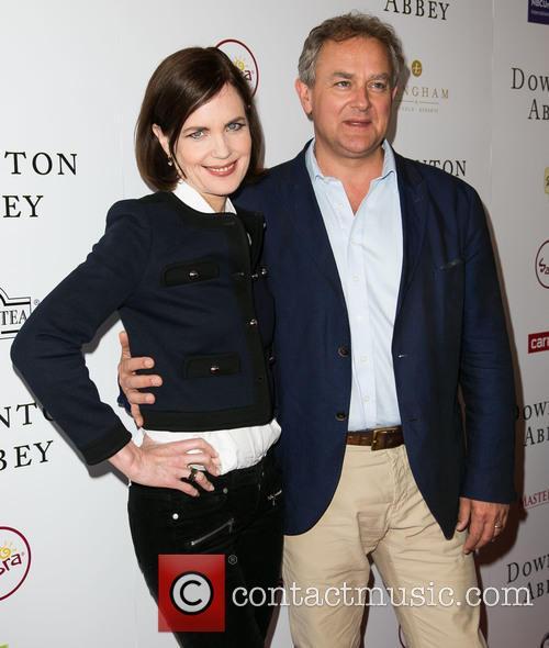Elizabeth Mcgovern and Hugh Bonneville 9