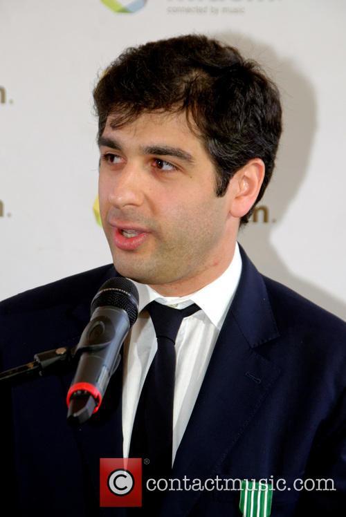 Sergey Smbatyan 3