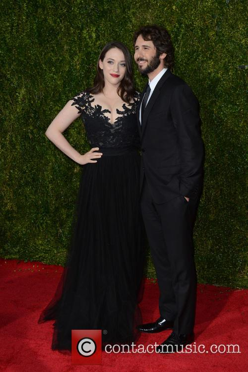 Kat Dennings and Josh Groban 3