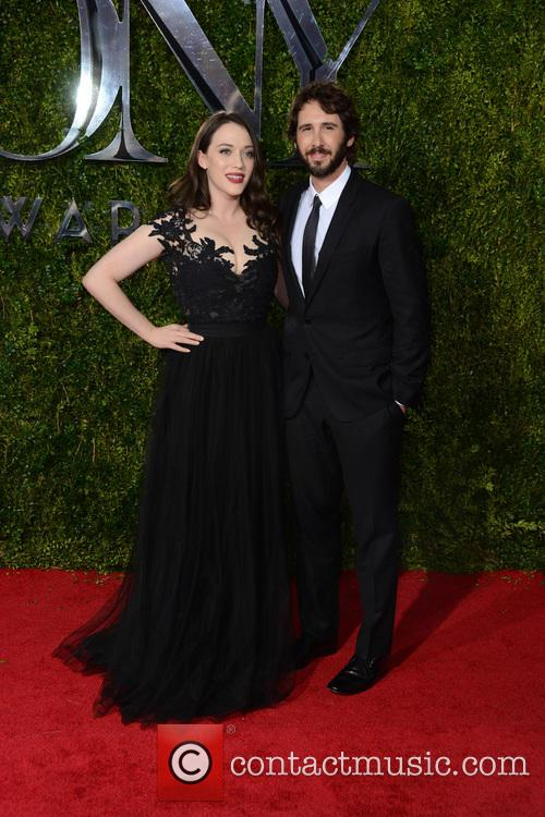 Kat Dennings and Josh Groban 6