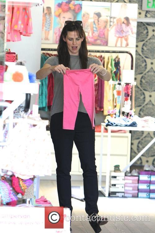 Jennifer Garner out shopping in Santa Monica