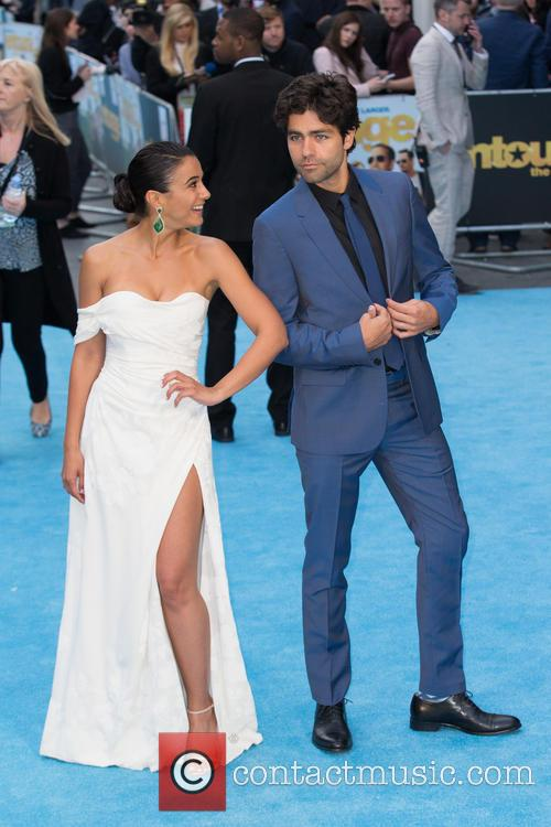 Adrian Grenier and Emmanuelle Chriqui 4
