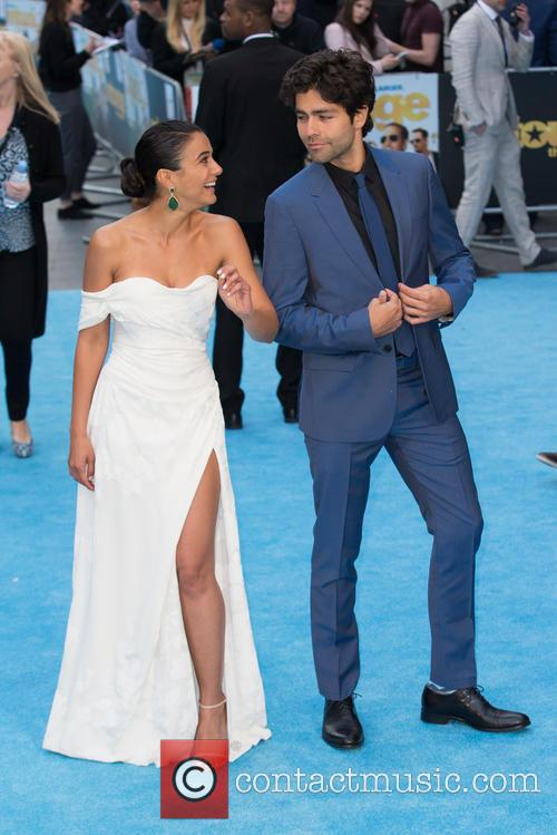 Adrian Grenier and Emmanuelle Chriqui 5