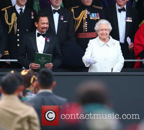 Queen Elizabeth Ii and Hrh Sultan Of Brunei 2
