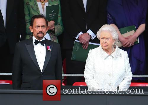 Queen Elizabeth Ii and Hrh Sultan Of Brunei 10