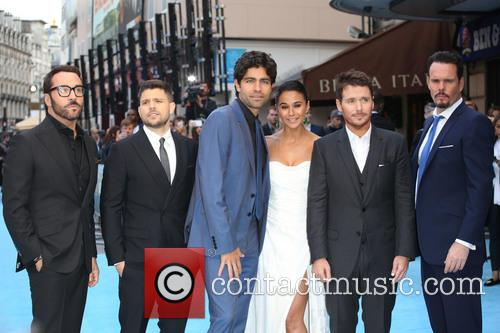 Jeremy Piven, Jerry Ferrara, Adrian Grenier, Kevin Connolly, Kevin Dillon and Emmanuelle Chriqui 6